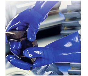 Găng tay chống dầu, hóa chất